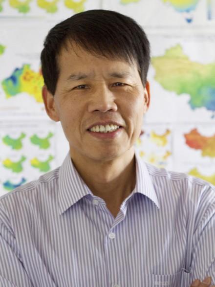 Dr Tingbao Xu